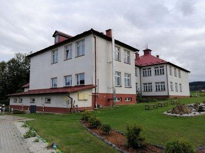 Termomodernizacja budynku  wraz  z zagospodarowaniem terenu  Szkoły Podstawowej w Berdechowie