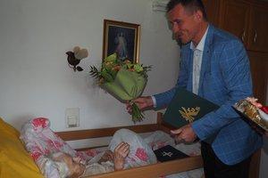 Jubileusz 100-lecia urodzin Pani Anny Sypień z Nawsia - 5.jpg