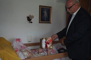 Jubileusz 100-lecia urodzin Pani Anny Sypień z Nawsia - 6.jpg