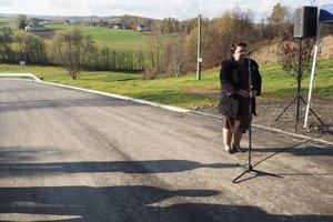 oddanie do użytku przebudowanej drogi gminnej Glinik - Łysa Góra - Mała - 1013336.jpg