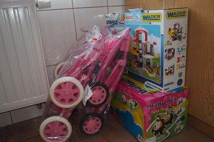 dostawa zabawek edukacyjnych - 1013807.jpg