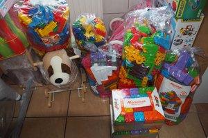 dostawa zabawek edukacyjnych - 1013809.jpg