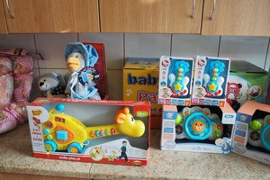 dostawa zabawek edukacyjnych - 1013823.jpg