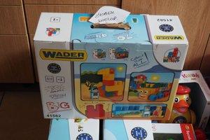 dostawa zabawek edukacyjnych - 1013828.jpg