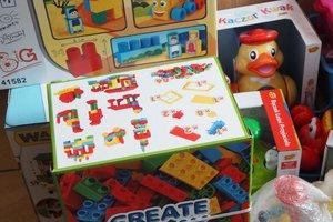 dostawa zabawek edukacyjnych - 1013830.jpg