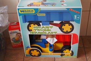 dostawa zabawek edukacyjnych - 1013837.jpg