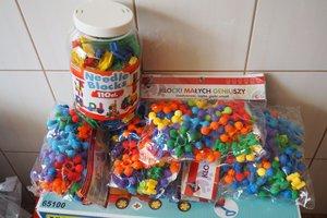 dostawa zabawek edukacyjnych - 1013838.jpg
