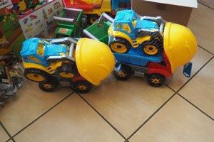 dostawa zabawek edukacyjnych - 1013847.jpg