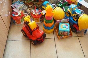 dostawa zabawek edukacyjnych - 1013848.jpg