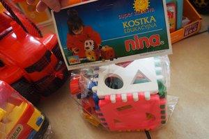 dostawa zabawek edukacyjnych - 1013853.jpg