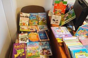 dostawa książek edukacyjnych - 1013933.jpg