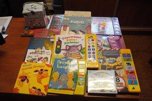 dostawa książek edukacyjnych - 1013937.jpg