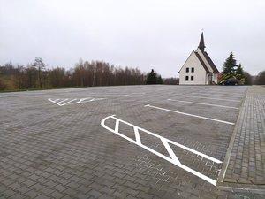 Budowa parkingu dla celów budynku wielofunkcyjnego w Broniszowie - Etap IV