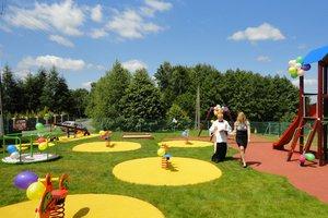 Plac zabaw w Broniszowie - dsc09187.jpg