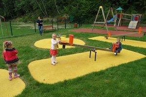 Plac zabaw w Gliniku - img_1154.jpg