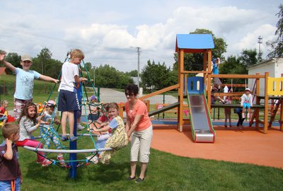 Budowa i modernizacja placów zabaw dla dzieci w Gminie Wielopole Skrzyńskie
