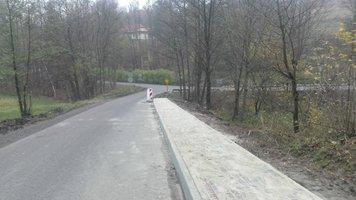 Przebudowa drogi Gminnej Broniszów Szkoła i Broniszów dół Lasek