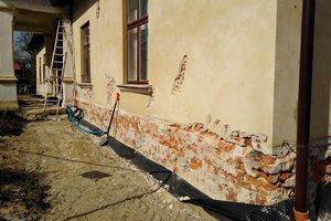 Realizacja Inwestycji - Elewacja budynku oraz izolacja fundamentów - 201810117_0009.jpg