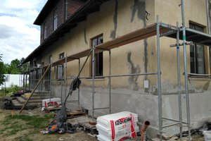 Realizacja Inwestycji - Elewacja budynku oraz izolacja fundamentów - 2018101223021.jpg