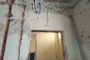 Realizacja Inwestycji - prace wewnątrz budynku - 201810112_0006.jpg