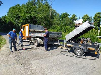 Remonty ubytków nawierzchni asfaltowych