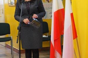 Uroczystość odsłonięcia tablicy pamiątkowej w Szkole Podstawowej im. prof. Karola Olszewskiego w Broniszowie. - p1015439.jpg