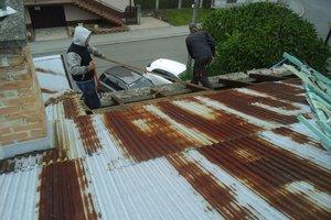 Inwestycja w trakcie realizacji: prace związane z wymianą pokrycia dachowego i ociepleniem stropu - 20170635_015.jpg