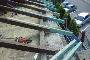 Inwestycja w trakcie realizacji: prace związane z wymianą pokrycia dachowego i ociepleniem stropu - 20170635_016.jpg