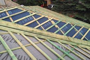 Inwestycja w trakcie realizacji: prace związane z wymianą pokrycia dachowego i ociepleniem stropu - 20170908_0002.jpg