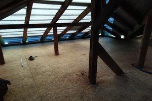 Inwestycja w trakcie realizacji: prace związane z wymianą pokrycia dachowego i ociepleniem stropu - 20170908_0014.jpg