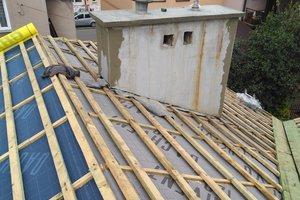 Inwestycja w trakcie realizacji: prace związane z wymianą pokrycia dachowego i ociepleniem stropu - img_20170906_125439.jpg