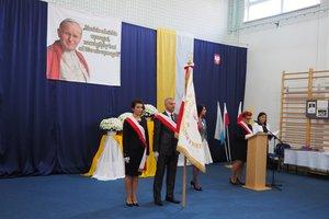Nadanie imienia Szkole Podstawowej w Gliniku - 20180510_0044.jpg