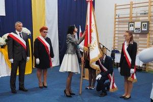 Nadanie imienia Szkole Podstawowej w Gliniku - 20180510_0051.jpg