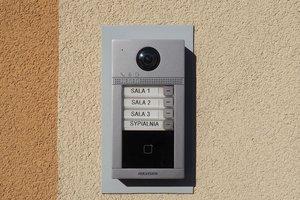 Rozbudowa systemu monitoringu i wideofomofonu - 3001.jpg