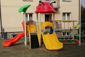 Dostawa wyposażenia placu zabaw - 1010.jpg