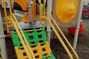 Dostawa wyposażenia placu zabaw - 1032.jpg