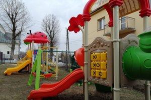 Dostawa wyposażenia placu zabaw - 1041.jpg
