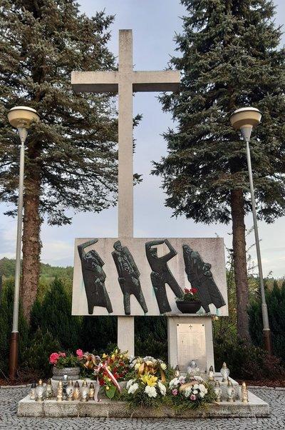 65. Rocznica Pożaru Baraku Szkolnego w Wielopolu Skrzyńskim