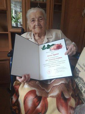 Najstarsza mieszkanka gminy Wielopole Skrzyńskie świętowała 101 urodziny