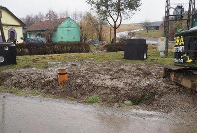 Budowa elementów sieci kanalizacji sanitarnej w Wielopolu Skrzyńskim