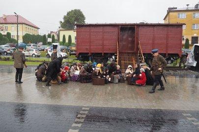 Uroczystości z okazji  Światowego Dnia Sybiraka połączone z otwarciem Parku Pamięci Zesłańców Sybiru w miejscowości Nawsie