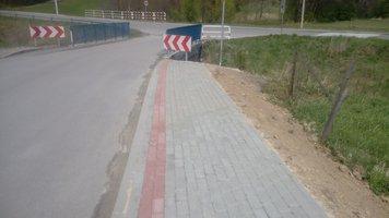 Wykonanie chodnika w ciągu drogi Nawsie Rzeki