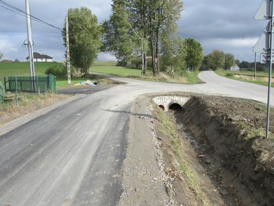 Przebudowa drogi gminnej Broniszów Łączki