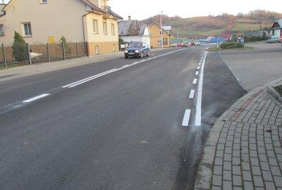 Likwidacja uszkodzeń nawierzchni na drodze wojewódzkiej nr 986 w miejscowości Wielopole Skrzyńskie