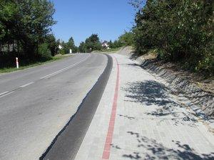 Budowa chodnika przy drodze wojewódzkiej nr 986 Tuszyma - Ropczyce – Wiśniowa w km 31+504-31+705 w m. Glinik