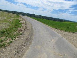 Wykonanie poboczy przy drogach gminnych Brzeziny Zagrody, Glinik Podlas k. Ziarnik, Nawsie Stachorówka w ramach II Etapu przebudowy tych dróg