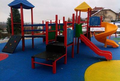 Budowa placu zabaw dla Samorządowego Przedszkola Krasnala Hałabały w Wielopolu Skrzyńskim